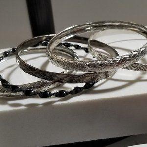 Vintage Nice 5 Silver Tone Bangle Bracelet Silver